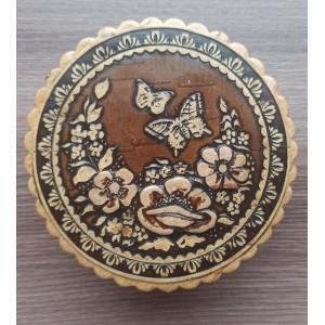 """Шкатулка из бересты """" Бабочки """" Артикул : 80200-011 Размер : 85*40"""