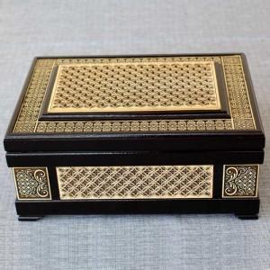 Шкатулка деревянная ларец прорезной Артикул 04001-6  250x170x100