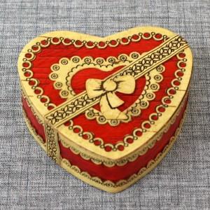 "Шкатулка из бересты сердце ""Подарочное"" Т Артикул 20714  95x85x30"