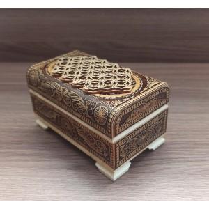 Шкатулка деревянная сундук средний прорезной.  Артикул: 61090-8 Размеры: 100x60x50