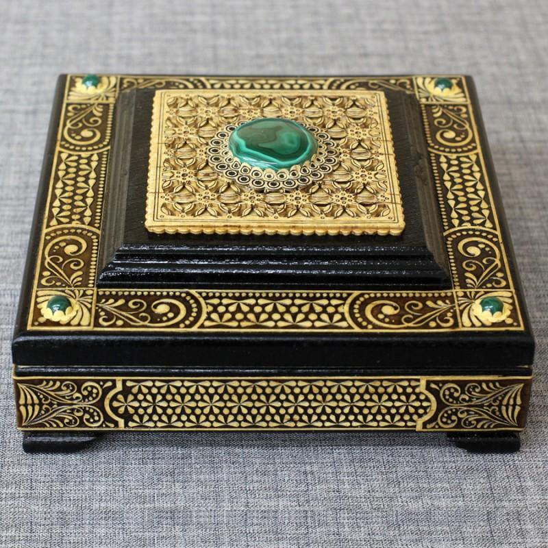 Шкатулка деревянная мавзолей с малахитом Артикул 02503-20  160*160*75